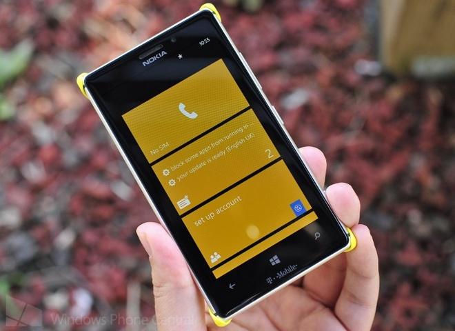 Nokia Lumia 1820 va Lumia 1525 ro ri thong so ky thuat hinh anh