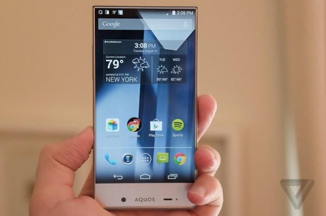 6 smartphone cao cap cho nguoi tay nho hinh anh 4