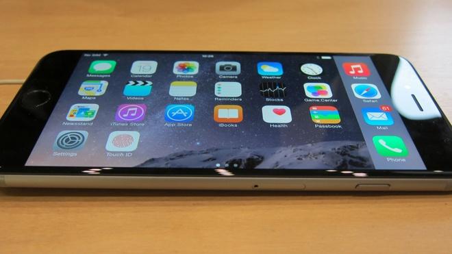 Apple se khai tu iPhone ban 16GB hinh anh