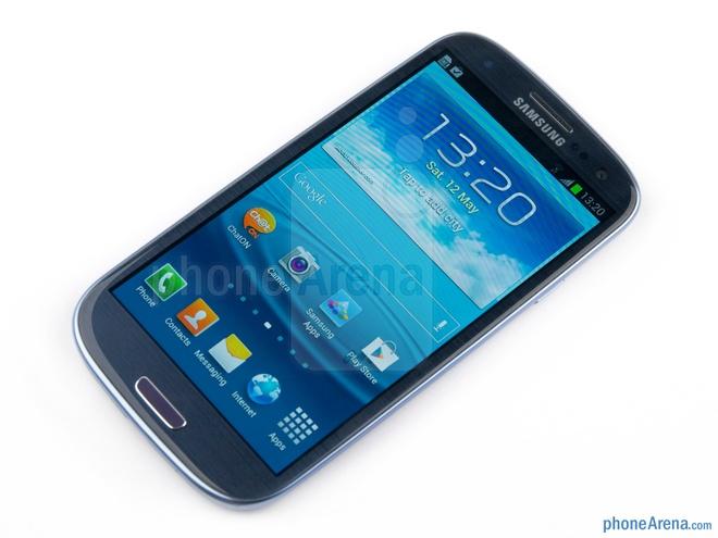 10 dien thoai Android dep nhat hinh anh 9  Galaxy S3: là một trong những thiết bị thành công nhất của Samsung. S3 là đối thủ đáng gờm của HTC One S và iPhone 4S tại thời điểm năm 2012.