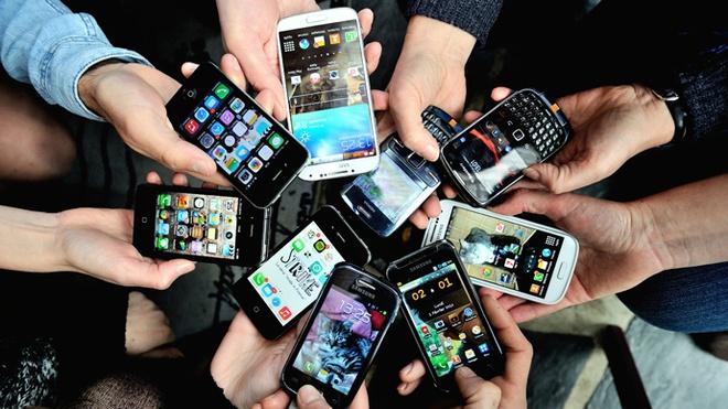 Smartphone lam mat thoi gian nhu the nao? hinh anh