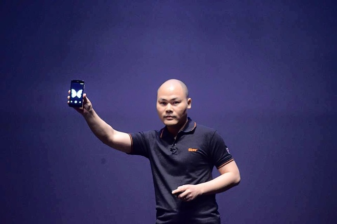Nguyen Tu Quang: 'Bphone bat dau hon 4 nam truoc' hinh anh