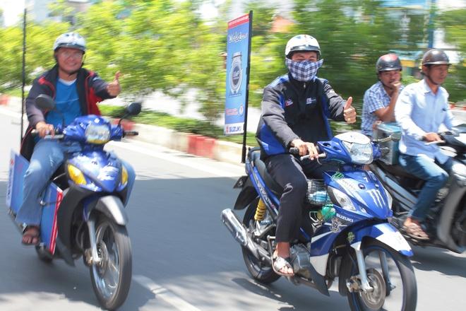 Suzuki Viva chay 126 km/lit xang hinh anh