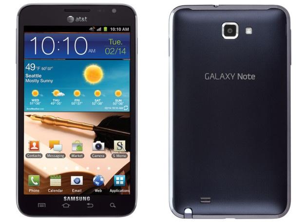 """Lich su dong Galaxy Note cua Samsung hinh anh 1  1. Galaxy Note thế hệ đầu tiên  Hành trình của những chiếc Galaxy Note bắt đầu từ tháng 10/2011. Với màn hình 5,3 inch, Galaxy Note được xem là thiết bị ngoại cỡ vào thời điểm bấy giờ. Giới công nghệ lúc đó cho rằng kích thước này là """"quá lớn"""" và """"không cần thiết"""". Ban đầu, màn hình của máy sử dụng công nghệ Super AMOLED với độ phân giải chỉ 1.280 x 800 pixel.   Samsung trang bị cho Galaxy Note vi xử lý dual-core Exynos tốc độ 1,4 GHz, CPU ARM Cortex-A9, GPU Mali-400 và RAM 1 GB. Camera chính có độ phân giải 8 megapixel, máy ảnh trước 2 """"chấm"""". Người dùng có thể chọn 16/32 GB bộ nhớ và mở rộng lên 64 GB với thẻ microSD. Máy dùng pin 2.500 mAh, chạy hệ điều hành Android Gingerbread 2.3.   Điểm khiến Galaxy Note được chú ý là bút cảm ứng S Pen. S Pen giúp người dùng ghi chú những gì họ muốn mà không cần giấy bút hay gõ từng ký tự trên bàn phím. Samsung mong muốn Galaxy Note trở thành thiết bị đa phương tiện trong công việc và giải trí, thay thể sổ tay, máy ảnh… Galaxy Note đã đạt doanh số 10 triệu chiếc sau 1 năm ra mắt."""