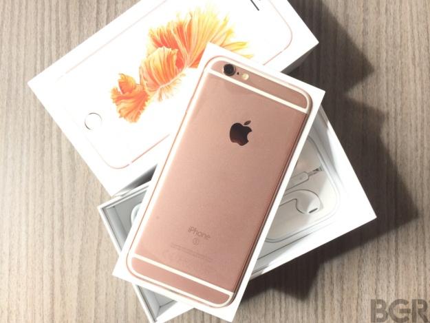 Ban se mua iPhone 7 hay cho 7S hinh anh