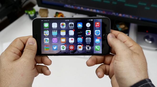 """Vi sao HTC phai bat chuoc iPhone? hinh anh 2 Xu hướng """"ăn theo"""" iPhone."""