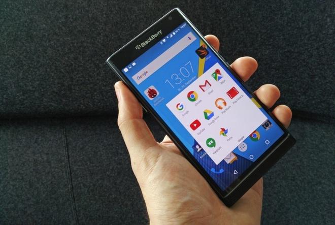 BlackBerry bao mat nen tang Android tren Priv nhu the nao? hinh anh
