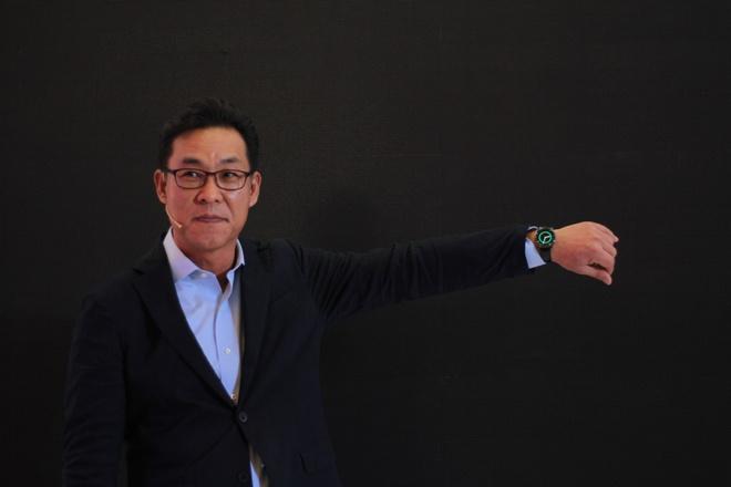 Samsung Gear S2 ve Viet Nam, gia tu 6,5 trieu dong hinh anh
