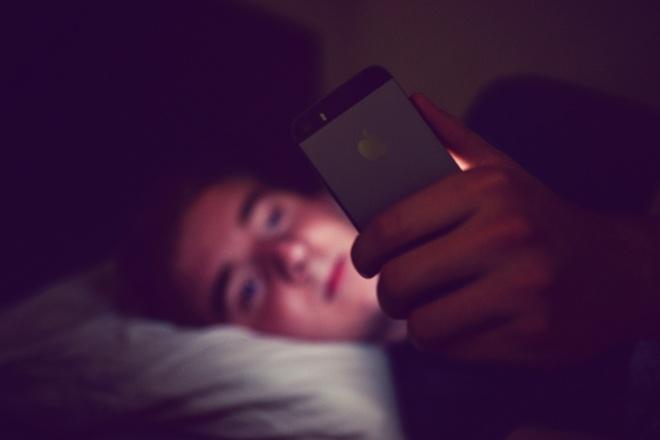 Con nguoi dang nghien smartphone? hinh anh 1 Phụ thuộc smartphone không giống như nghiện.