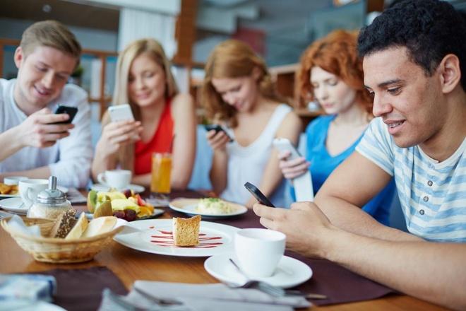 Con nguoi dang nghien smartphone? hinh anh 4 Đừng biến mình thành nô lệ của công nghệ.