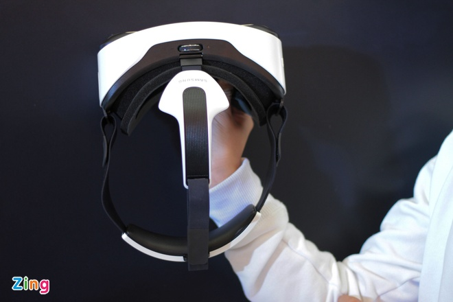 Trai nghiem kinh thuc te ao Samsung Gear VR tai Viet Nam hinh anh 2