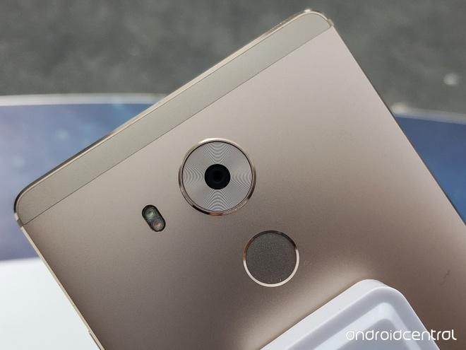 Anh thuc te Huawei Mate 8: Man hinh 6 inch, pin 4.000 mAh hinh anh 11