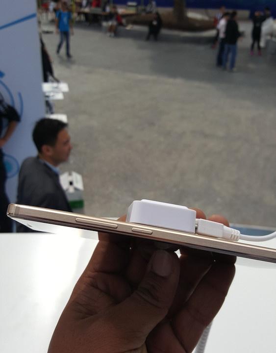 Anh thuc te Huawei Mate 8: Man hinh 6 inch, pin 4.000 mAh hinh anh 9