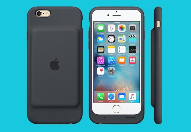 Nhung thiet ke di nguoc tuyen bo cua Apple hinh anh 4 Smart Battery Case cho iPhone 6/6S có một phần gồ khá xấu ở mặt lưng và không có nút bật/tắt.