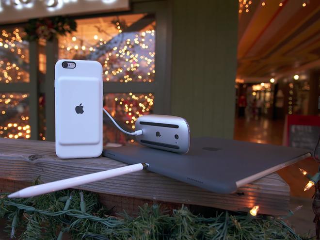 Nhung thiet ke di nguoc tuyen bo cua Apple hinh anh 7 Đây là bức ảnh minh họa toàn bộ những sai lầm trong thiết kế của Apple năm 2015.