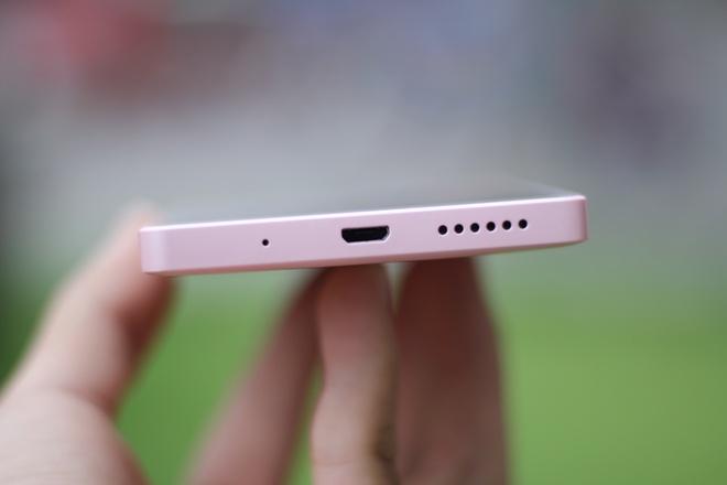 Mo hop smartphone cho nu 7 mau, gia 2,1 trieu dong hinh anh 6