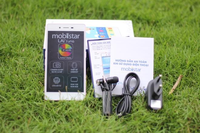 Mo hop smartphone cho nu 7 mau, gia 2,1 trieu dong hinh anh 2