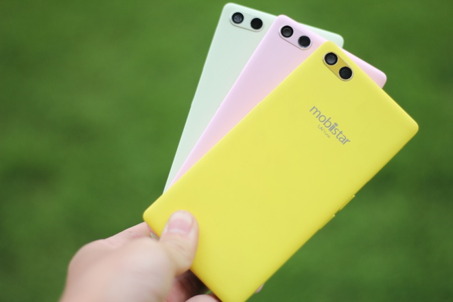 Mo hop smartphone cho nu 7 mau, gia 2,1 trieu dong hinh anh 4
