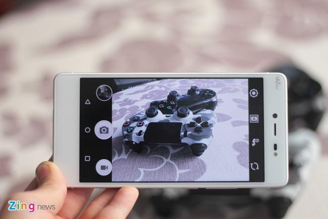 Mo hop smartphone RAM 3 GB, ho tro 4G gia 5 trieu o VN hinh anh 12