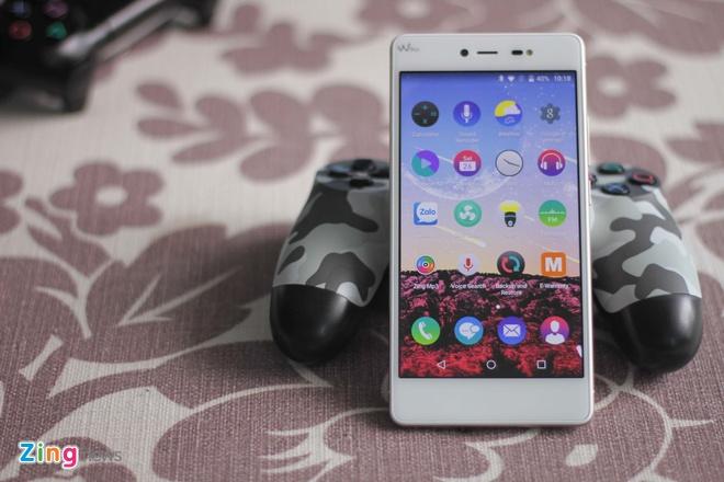 Mo hop smartphone RAM 3 GB, ho tro 4G gia 5 trieu o VN hinh anh 2