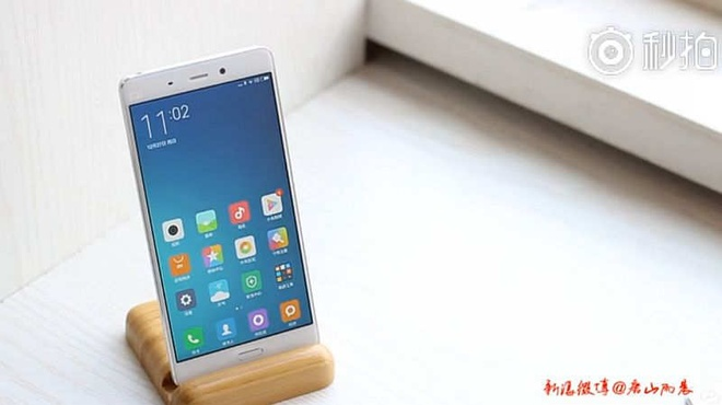 Xiaomi Mi 5 giong iPhone 6, dung RAM 4 GB, gia 309 USD hinh anh