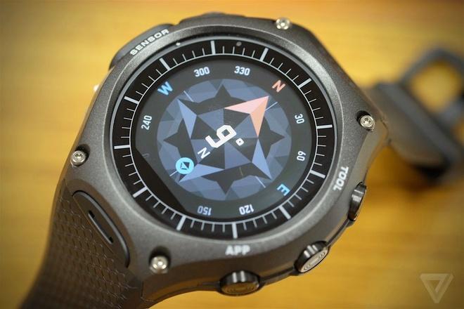 4 smartwatch vua duoc gioi thieu tai CES 2016 hinh anh