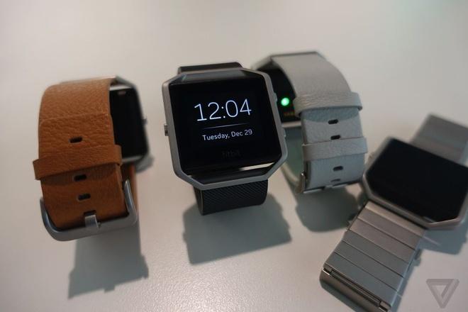 4 smartwatch vua duoc gioi thieu tai CES 2016 hinh anh 1