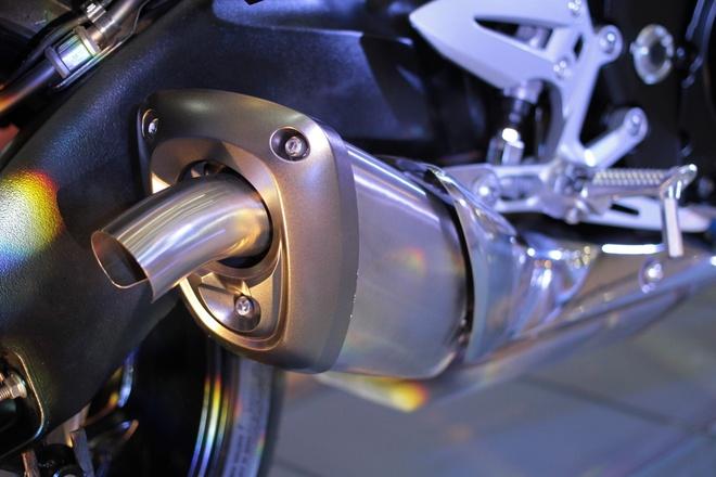 Chi tiet Suzuki GSX-S1000 gia 415 trieu tai Viet Nam hinh anh 8