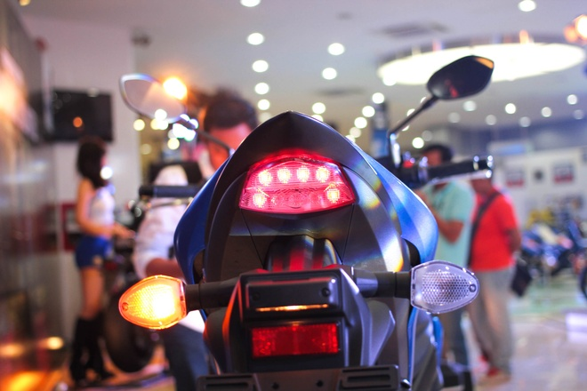 Chi tiet Suzuki GSX-S1000 gia 415 trieu tai Viet Nam hinh anh 11