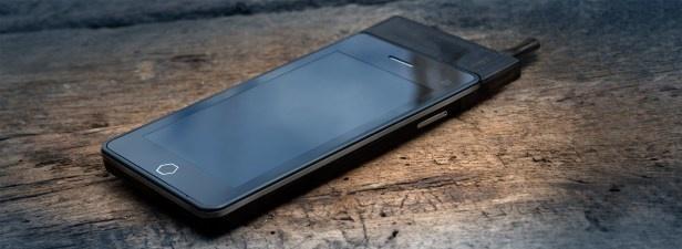Smartphone tau thuoc gia 299 USD tai CES hinh anh 2