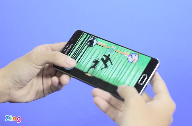 Danh gia Galaxy A7 2016 - smartphone thiet ke dep hinh anh 3