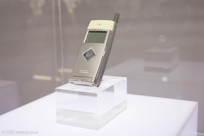 Nhung mau dien thoai tien phong cua Samsung hinh anh 3