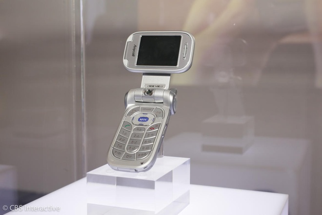 Nhung mau dien thoai tien phong cua Samsung hinh anh 6