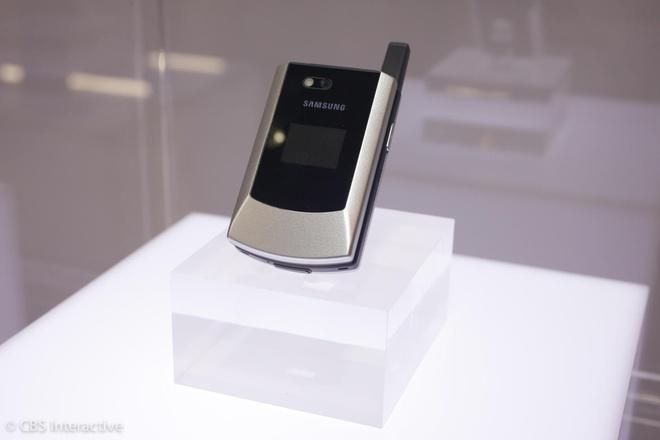 Nhung mau dien thoai tien phong cua Samsung hinh anh 7