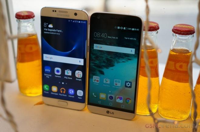 Vi sao Samsung khong trang bi sac nhanh cho Galaxy S7? hinh anh 1