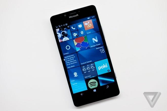 Microsoft tiep tuc bo roi Windows Phone hinh anh