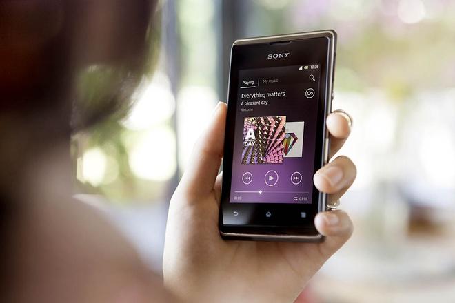 Xperia E5 se la smartphone cuoi cung cua dong E? hinh anh
