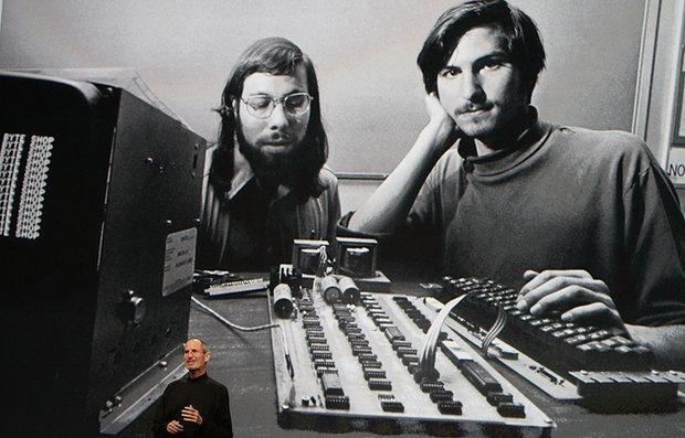 Apple trong cuoc khung hoang ban sac thoi hau Steve Jobs hinh anh 3