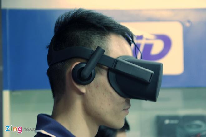 Mo hop kinh thuc te ao Oculus Rift gia 23 trieu dong tai VN hinh anh 10