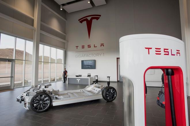 Nha may 5 ty USD va tham vong dien ro cua Elon Musk hinh anh