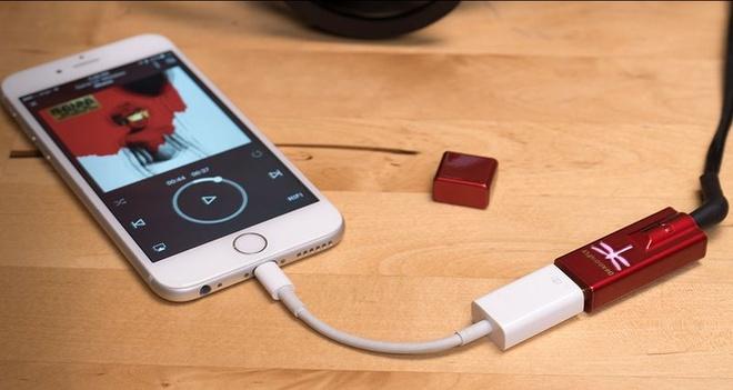 iPhone 7 se nang tam nganh cong nghiep tai nghe hinh anh 2