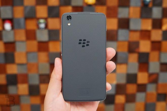 BlackBerry Argon co RAM 4 GB, cam bien van tay, USB Type-C hinh anh