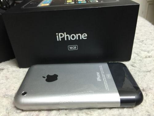iPhone 2G duoc rao gia dat gap 10 lan iPhone 7 hinh anh