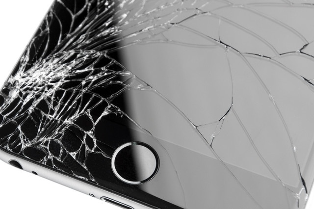 Nguoi dung thuong lam hu dien thoai khi Apple ra iPhone moi hinh anh 1