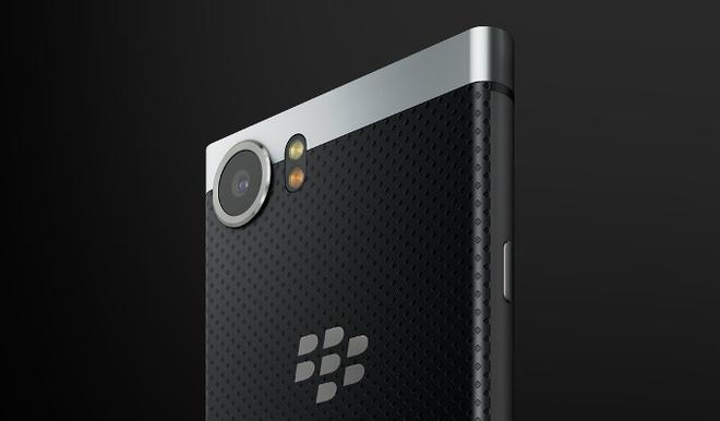 Smartphone KeyOne bat ngo lo dien tren website BlackBerry hinh anh 1