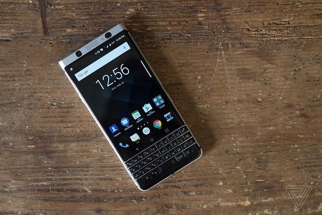 Anh thuc te BlackBerry KeyOne hinh anh