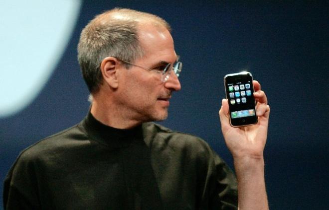 10 nam lich su iPhone anh 1