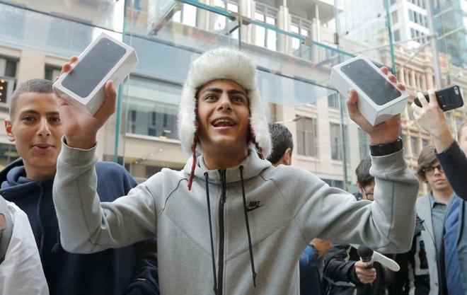 10 nam lich su iPhone anh 14