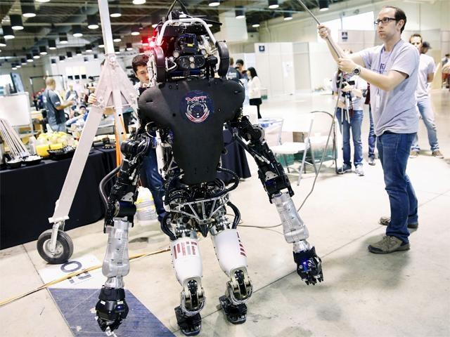 Nhung mau robot co the cuu nguoi hinh anh 3
