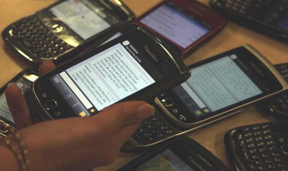 BlackBerry khai tu mang di dong anh 1